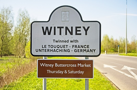 """Witney Town"""
